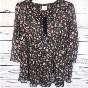 Anthropologie pins and needles ruffled blouse